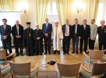Dezbaterea tematică: Interacțiune între religie și naționalism